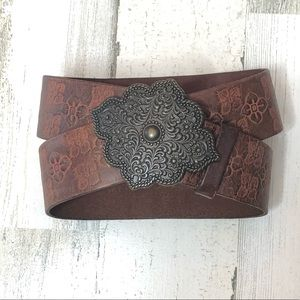 •EXPRESS• Brown Floral Tooled Leather Belt